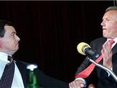 Potyčka Davida Ratha s Miroslavem Mackem na sjezdu zubařů v květnu 2006
