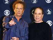 Simon & Garfunkel při předávání Grammy za celoživotní dílo v roce 2003