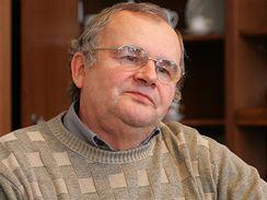 Zdeněk Zapský, ředitel závodu - Karlovarský porcelán, a.s. Porcelánka v Klášterci nad Ohří.