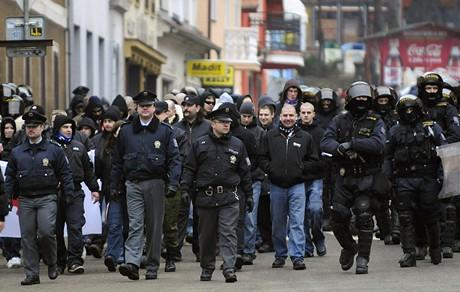 Demonstrace Dělnické strany v Postoloprtech (21.2.2009)