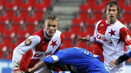 Slavia - Plzeň: (zleva) Trapp, Horváth a Hošek