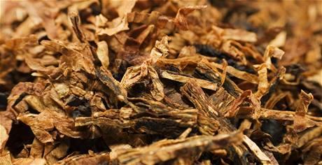 Nahrubo na�ezaný tabák