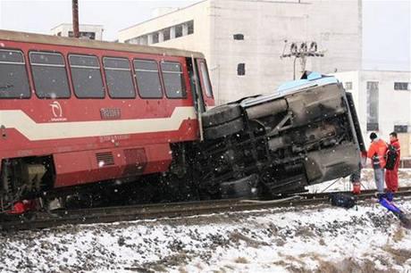 Srážka autobusu s vlakem na středním Slovensku. (21. února 2009)