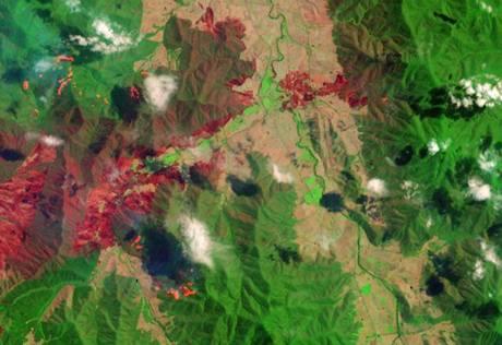 Požáry v Austrálii očima družice