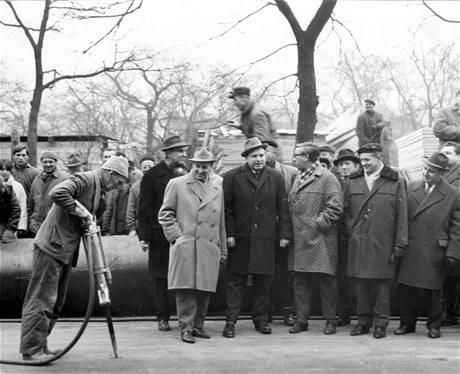 Zahájení stavby metra 6. (7.) ledna 1966