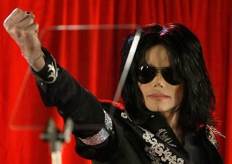 Králu popu Michael Jackson oznámil návrat na pódia