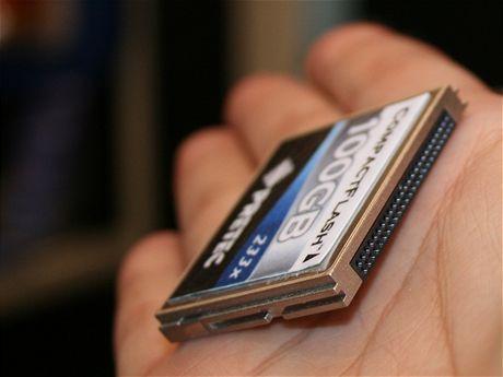 100GB CF Pretec