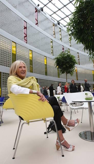 Eva Jiřičná záměrně volila do Univerzitního centra hodně žluté