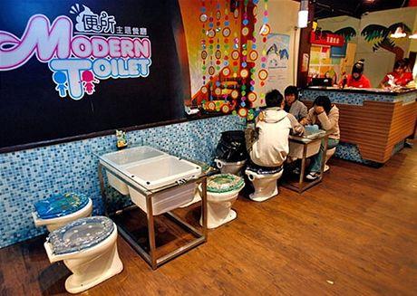 Modern Toilet Restaurant v tchajwanské metropoli Tchaj-pej