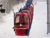 Kabinková lanovka vmariánskolázeňském lyžařském areálu