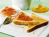 Toasty s domácí pomerančovou marmeládou
