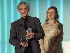 Český lev 2008 - Vladimír Dlouhý s cenou za nejlepší mužský herecký výkon ve vedlejší roli