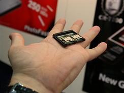 CF adaptér CR-7200 na čtyři microSD karty