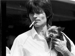 Většinu kuřáků vůbec nenapadne, že by tím mohl trpět jejich pes.
