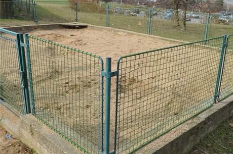 Nejoblíbenější pískoviště v Kachlíkově ulici v brněnské Bystrci