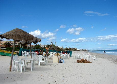 Tunisko, Mahdia. Pláž u de Peche
