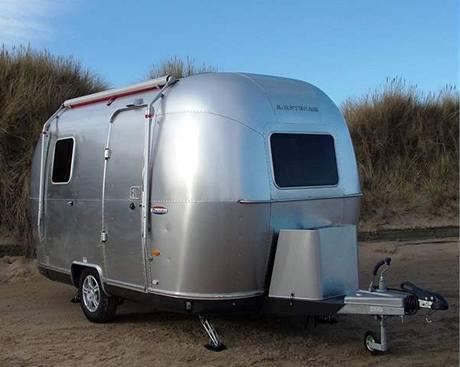 Moderní varianta amerického karavanu Bambi