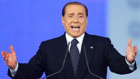 Italský premiér Silvio Berlusconi na základajícím sjezdu nové pravicové strany Lid svobody (29. 3. 2009)