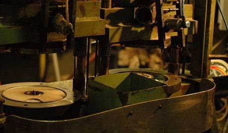 Lis na výrobu vinylů