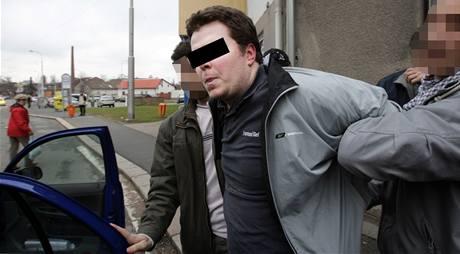Překupníka s léky Jana P. zatkla policie. Hrozí mu dva roky vězení.