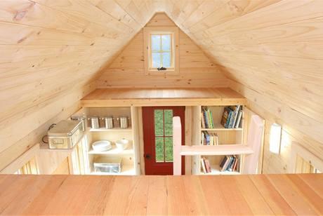 Miniaturní domek na kolečkách