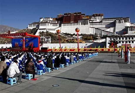 Čína slaví Den osvobození nevolníků (28. března 2009)