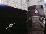Sojuz přistává u ISS (28.3.2009)
