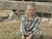 Z filmu Chlapec v�pruhovan�m py�amu