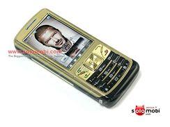 Mobil s holícím strojkem Cool758