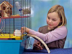 Na děti je třeba občas dohlédnout, ale většinou péči o svého mazlíčka zvládnou.