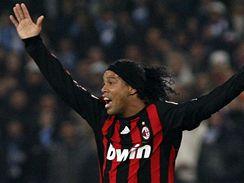 Neapol - AC Milán: hostující Ronaldinho