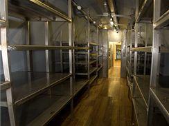 Skladové prostory v pracovním modulu