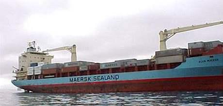 Nákladní loď Maersk Alabama, kterou unesli somálští piráti