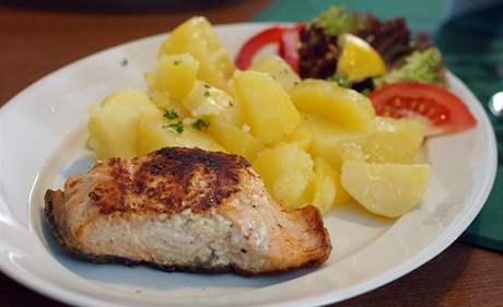 Restaurace Jantar: losos na grilu