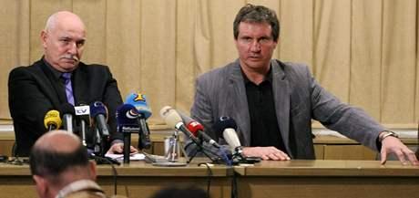 Pavel Mokr� a Ji�� Kub��ek na tiskov� konferenci