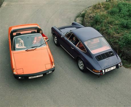 Porsche 914 a Porsche 911 E 2,4