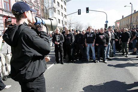Demonstrace neonacistů v Přerově (4. dubna 2009)