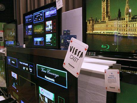 Panasonic novinky 2009 - dálkové ovladače na TV a Blu-ray přehrávač s tlačítky pro Viera Cast