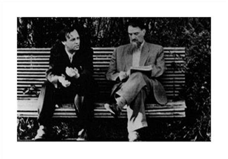 Andrej Sacharov, otec sovětské vodíkové bomby, s Igorem Kurčatovem, šéfem sovětského vojenského atomového výzkumu