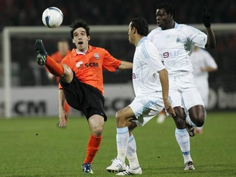 Šachtar Doněck - Olympique Marseille: Ilsinho, Taiwo a Hilton