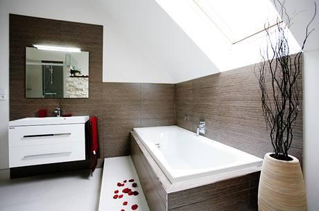 Koupelnu si Libor s Martinou nakonec navrhli podle svého