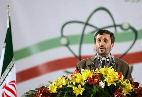 Mahmúd Ahmadíne�ád