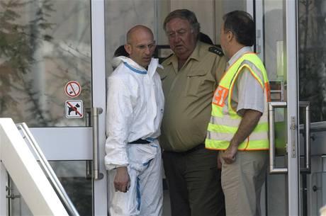 Střelec u soudu v jihoněmeckém Landshutu zabil dva lidi včetně sebe (7. dubna 2009)