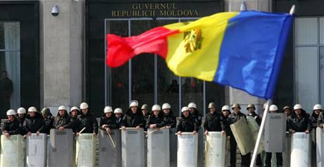 Protikomunistické nepokoje v moldavské metropoli (8. 4. 2009)