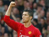 Manchester United - Aston Villa: dom�c� Cristiano Ronaldo