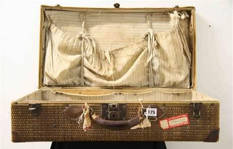 Kufr, který dostala rodina Millviny Deanové od Newyorčanů po potopení Titaniku