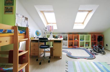 V dětských pokojích je minimum nábytku