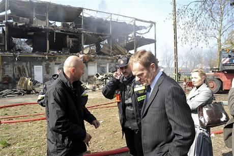 Místo tragédie navštívil i premiér Donald Tusk