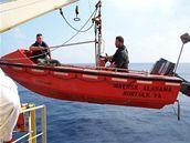 Záchranný člun, na němž piráti unikali s uneseným kapitánem lodi Maersk.