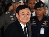 Thaksin Šinavatra v roce 2008 na bangkockém letišti.